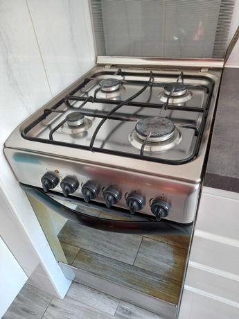 Sprzedam kuchenkę gazowo-elektryczną Indesit