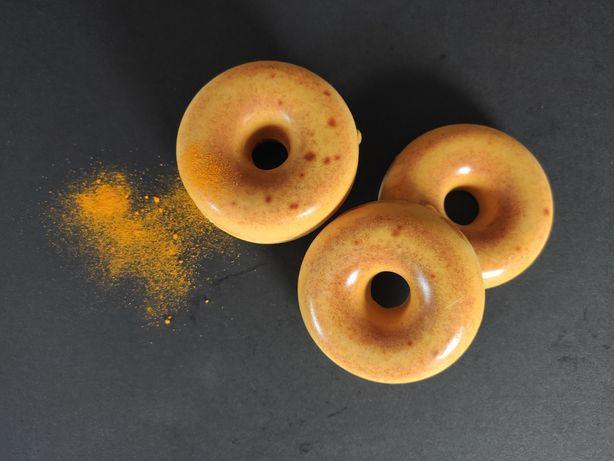 Sabonetes artesanais de açafrão