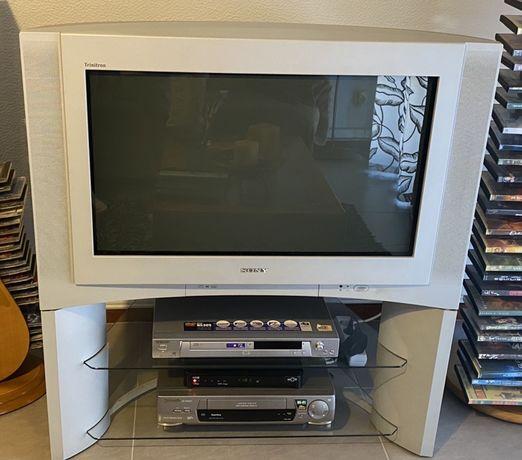 televisão sony com móvel