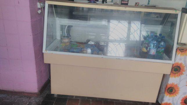 Срочно продам Холодильную витрину