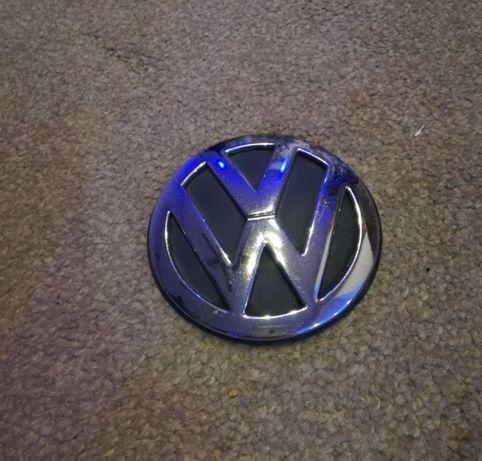 Emblemat Znaczek klapy tył VW Golf IV