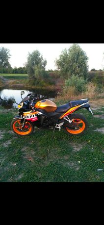 Продам мотоцикл: G-max Racer 150