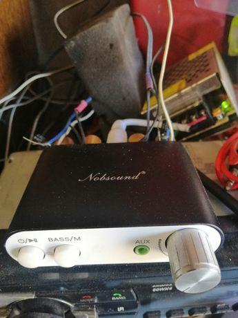 Усилитель звука 2х50 ват почти новый, 12,24 вольта, блютуз