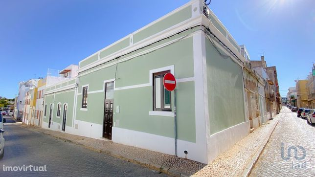 Moradia - 110 m² - T2