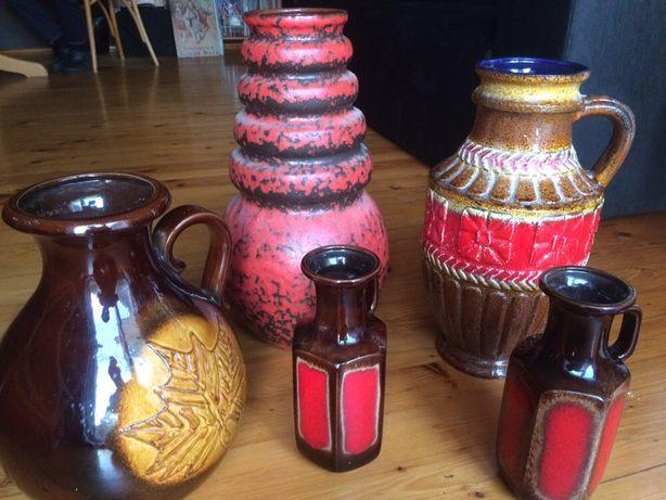 Duże wazony ceramiczne z sygnaturami