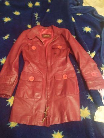 Куртка кожаная на девочку