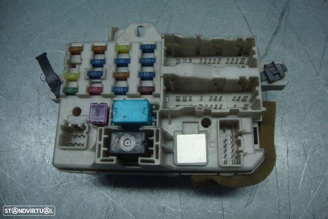 Caixa de fusíveis Mazda 6