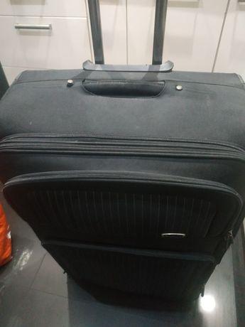 Sprzedam dużą walizkę