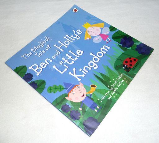 Книга на английском языке Маленькое королевство Бена и Холли Ladybird