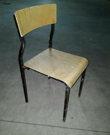 Krzesła szkolne 7 szt