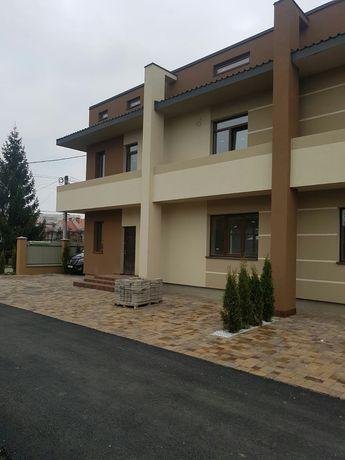 Продается коттедж в Ужгороде