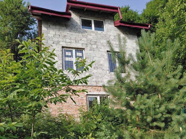 Продаж будинок вул. Рудакі 5