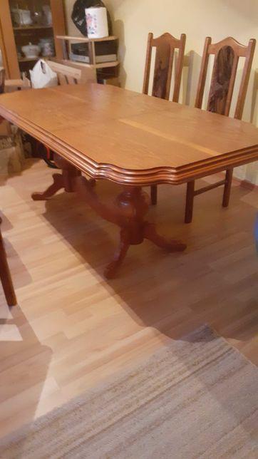 Sprzedam  stół i 6 krzeseł.