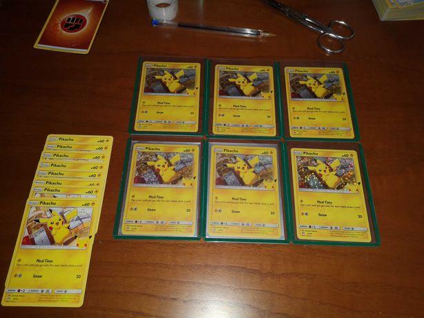 Cartas Pokémon - Pikachu Holo McDonald's 25th Anniversary set