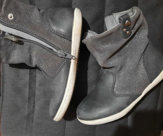 Сапожки ботинки демисезонные