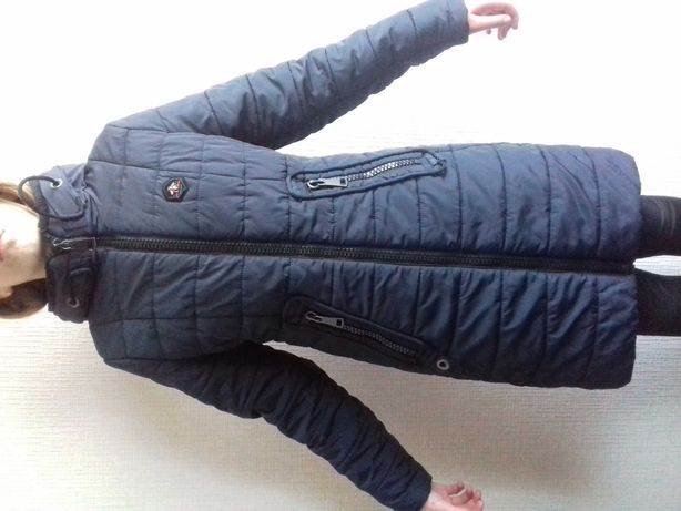 Зимова куртка на дівчину