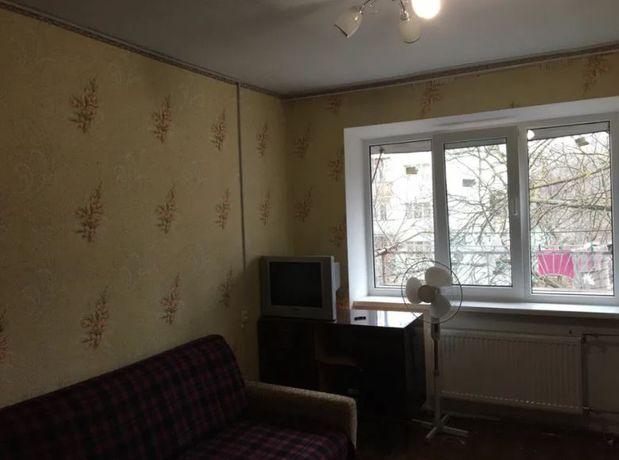 Комната с ремонтом и мебелью в коммунальной квартире на пос Котовского