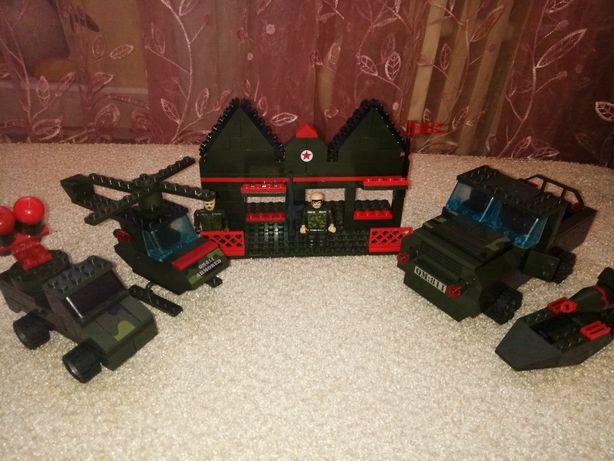 набор лот из деталий конструктора лего lego военная машина,вертолет