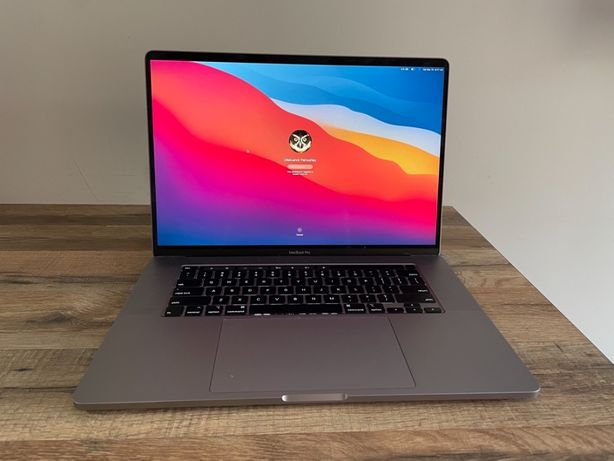 "МасBook Pro 2019 16-inch 1tb SSD 8 core i9 32RAM 8GIG graphics 16"""