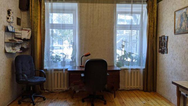 Продам 2 комн. квартиру на ул. Косвенная