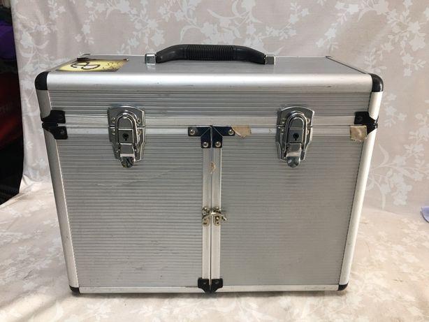Чемодан парикмахерский чемодан для визажа