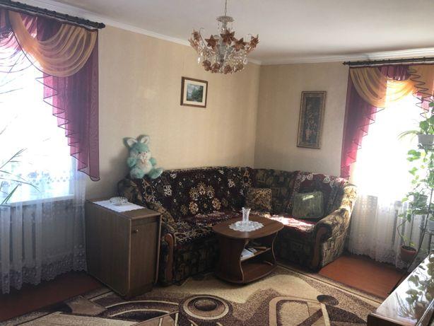 Срочно! Продам квартиру в центрi м.Гребiнка Полтавской обл.