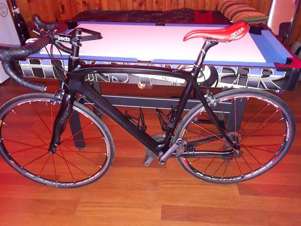 Bicicleta carbono estrada
