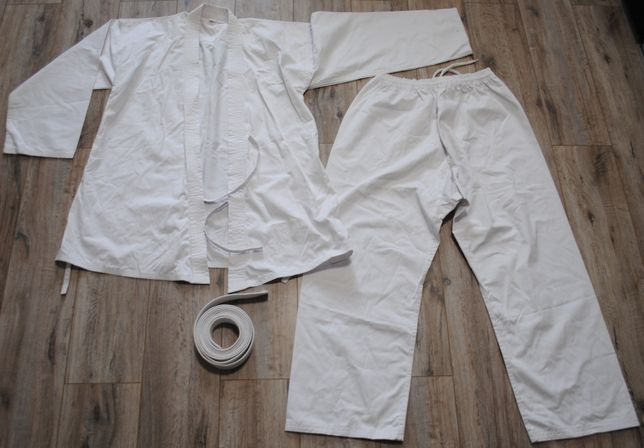 Кимоно для единоборств новое, разм 6, хб. Кімоно для карате р 52 біле