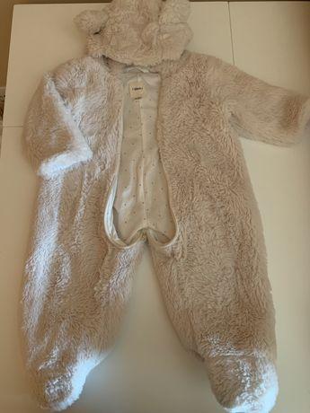 Macacão pêlo bebé 3-6m - 8€