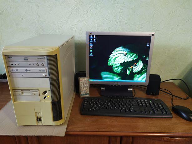 Продам компьютер с монитором и встроенным ТВ