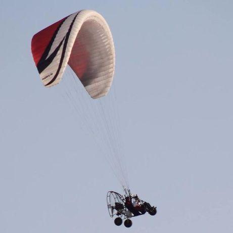 Publicidade aérea em paramotor, voos de baptismo paramotor.