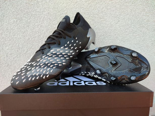 Korki Adidas Predator Freak .1 Low FG r. 41 1/3, 42, 42 2/3, 45 1/3