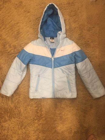 Куртка Nike на рост 128-140