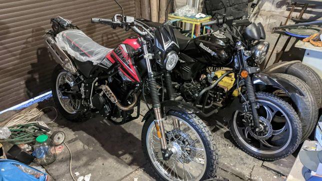 Продам мотоцикл  200км пробега