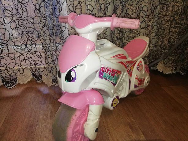 Мотоцикл - толокар для девочки!