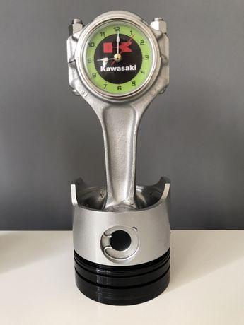 Zegarek z tłoka samochodowego Kawasaki