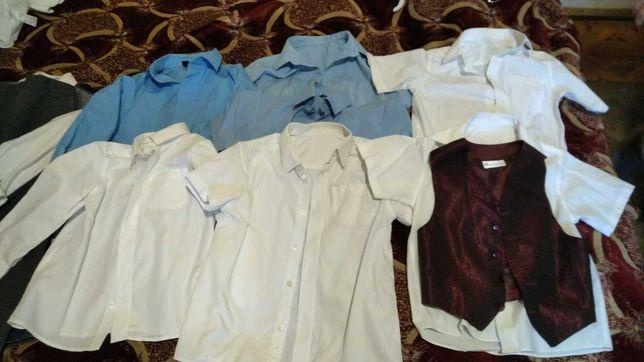Рубашки белые и голубые, брюки, жилет, 116 см , 6 и 7-8 лет,.на выбор