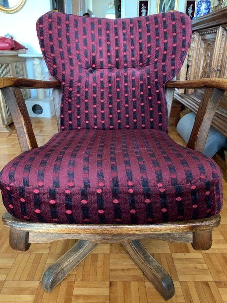 Fotel dębowy-obrotowy