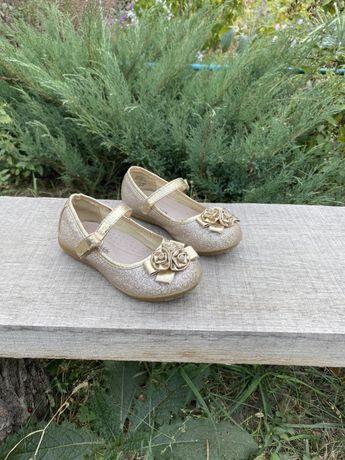 Туфли детские размер 25