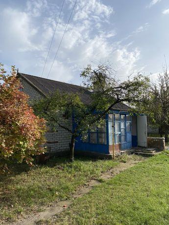 Участок с домом 12 соток в с.Гавронщина ,40 км от Киева