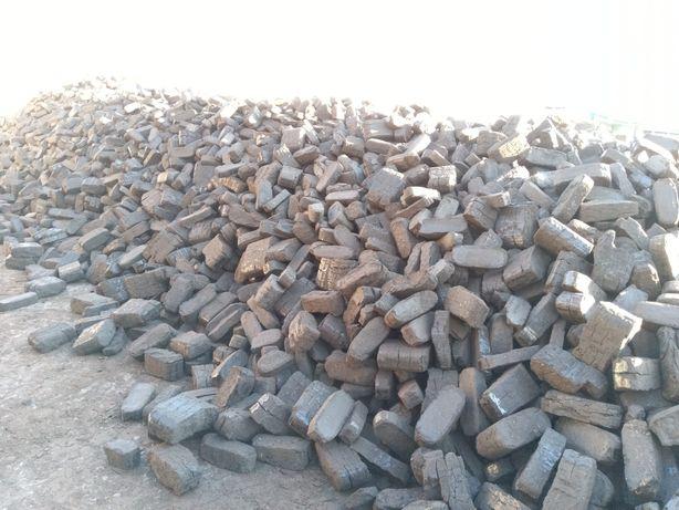 Торфяной брикет топливный ( хорошая экономия дров ).
