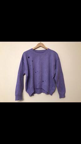 Włoski fiołkowy sweter damaged style