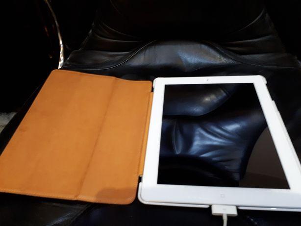 Продам iPad 2 Wi-Fi, sim карта, 3G, память 13 гб Шнур для зарядки есть