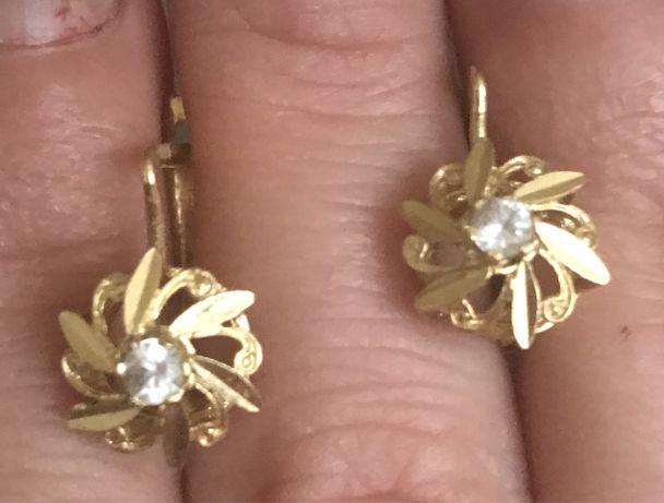Сережки золотые 750 проба Италия