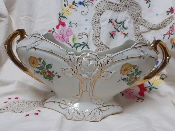 Antiga floreira de mesa das Louças de Sacavém debruado a ouro