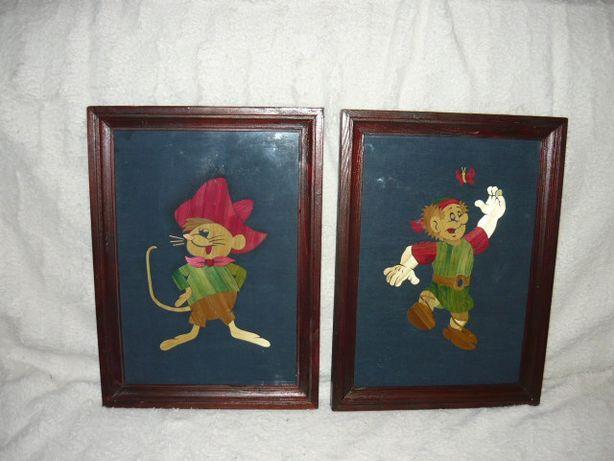 Dwa obrazy ,wyklejane postaci ze słomy