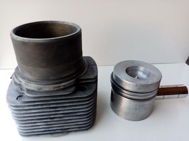 Cylinder tłok sworzeń 1Ca90