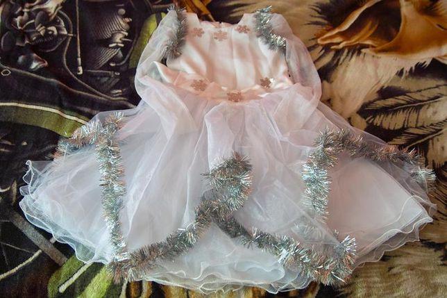Новогоднее платье Снежинка 7-8лет