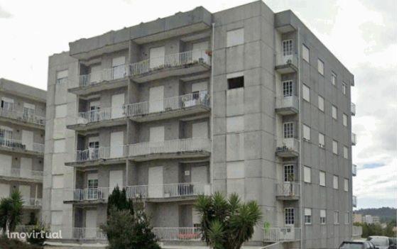 Apartamento T3 em Paços de Ferreira