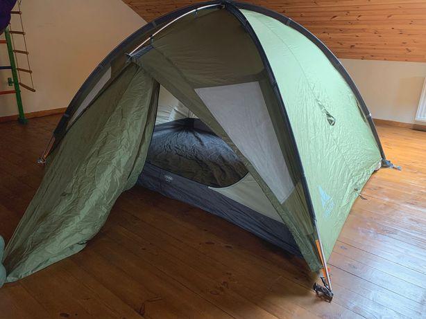 Палатка VAUDE Space 3 (Германия), почти новая, надежная как танк! 4 кг
